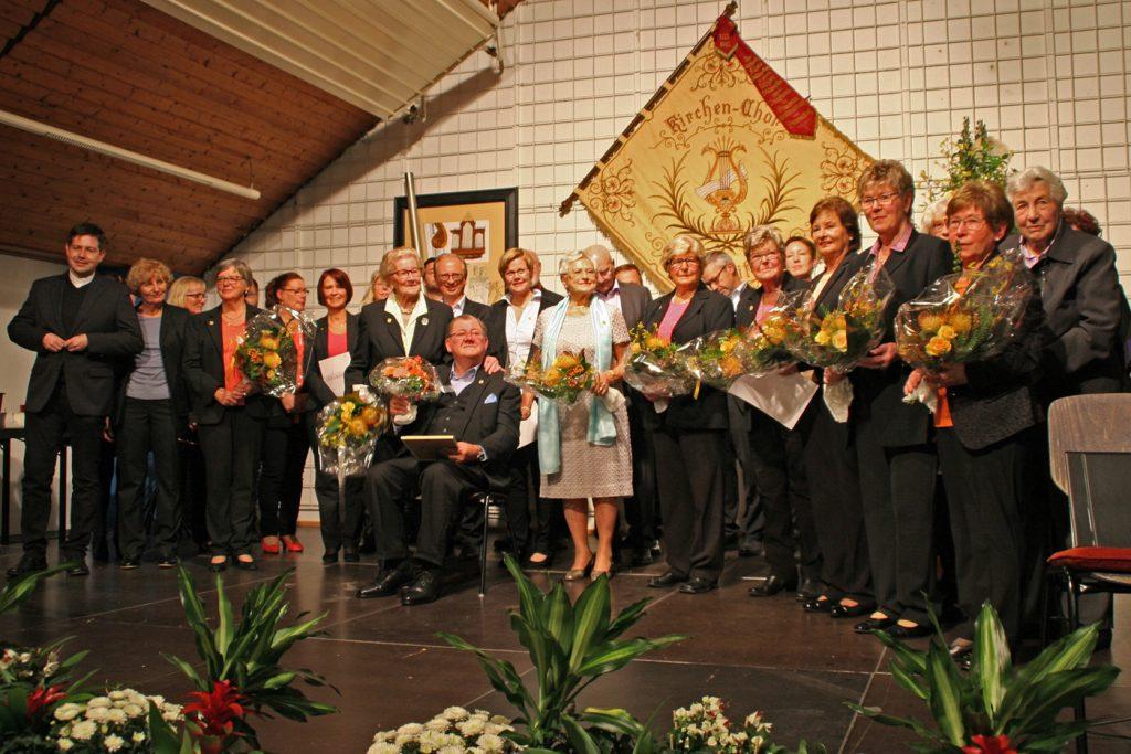 Kirchenchor Cäcilia 1777 Waldbreitbach ehrte langjährige Mitglieder