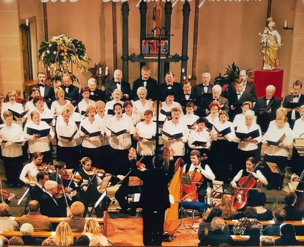 """Bunter Abend zum Jubiläumsjahr des Kirchenchors """"Cäcilia"""" 1777 Waldbreitbach"""